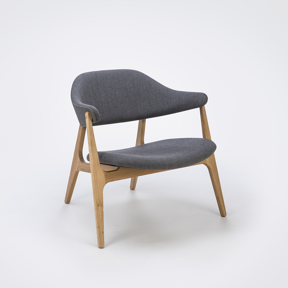 LOUNGE CHAIR // Light Gray Fabric // Solid Oak Frame