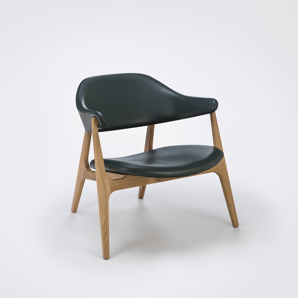 LOUNGE CHAIR // Dark Green Leather // Solid Oak Frame