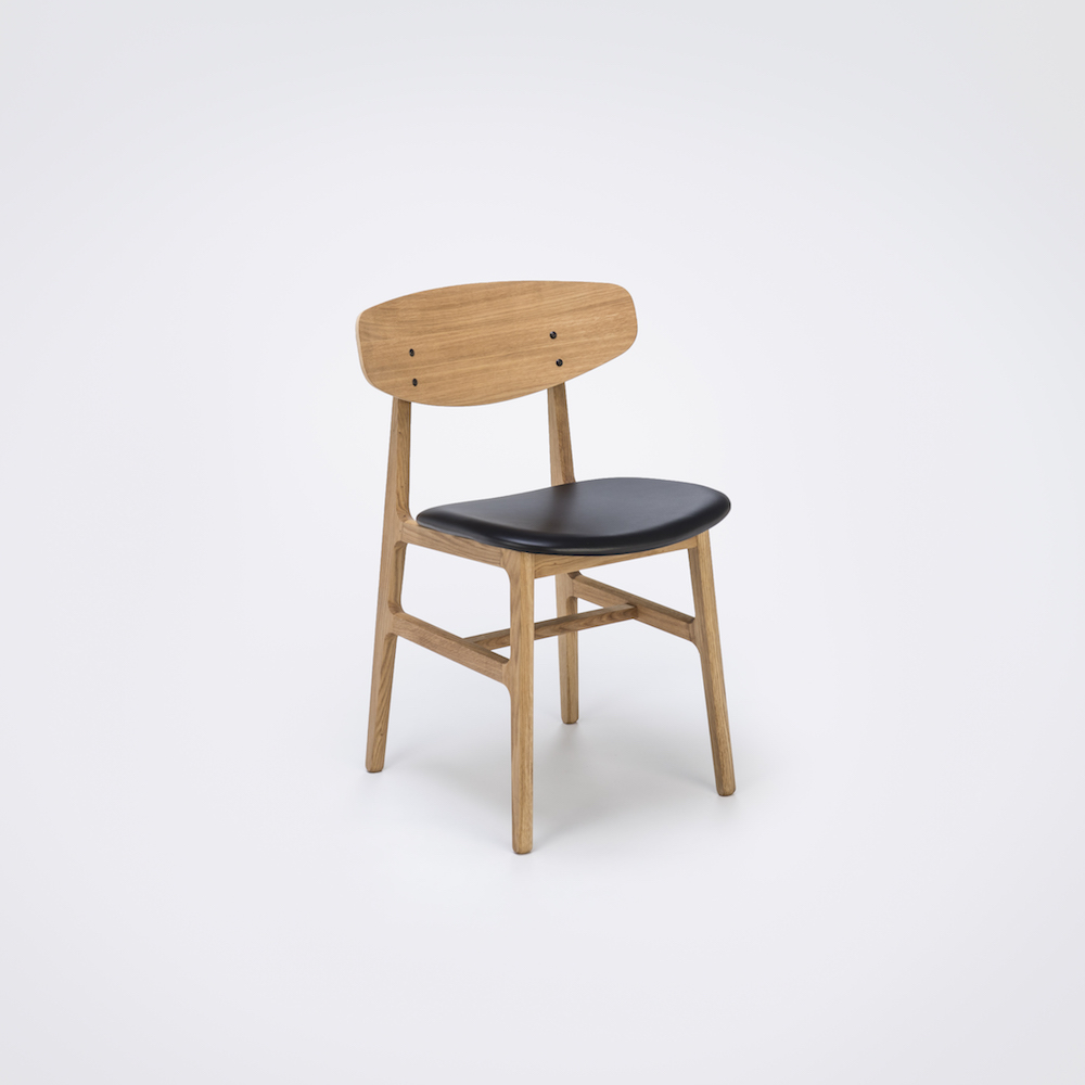 DINING CHAIR // Oiled Veneer Oak Back // Black Leather // Solid Oiled Oak Frame