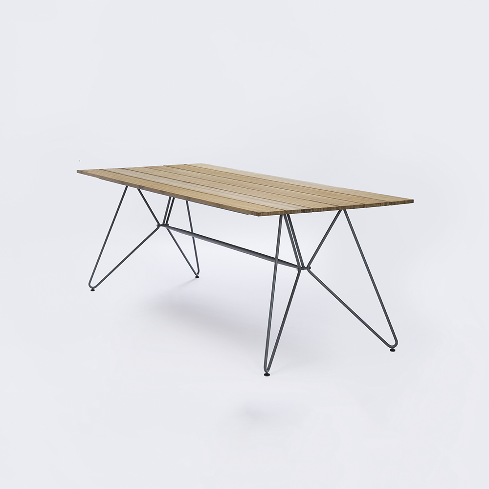 DINING TABLE 220 cm // Bamboo