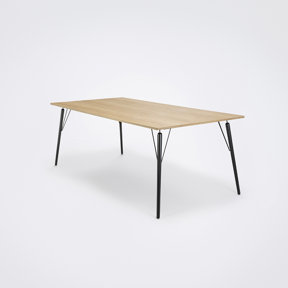 DINING TABLE 160cm // Oiled Veneer