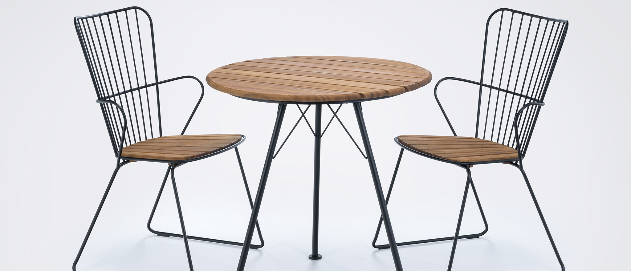12831-0312+12801-0312_PAON_Cafetable+Chairs