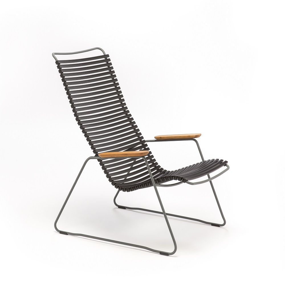 LOUNGE CHAIR // Black