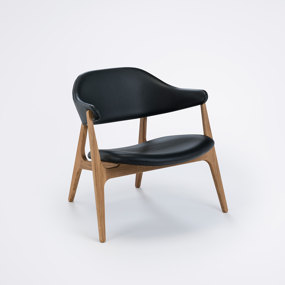 LOUNGE CHAIR // Black Camo Leather // Solid Oak Frame