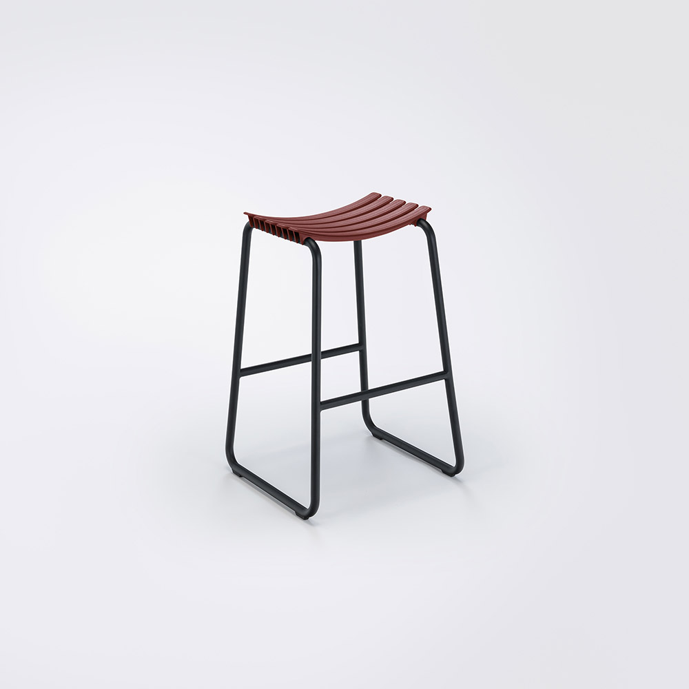 BAR STOOL // Paprika