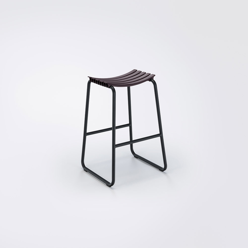 BAR STOOL // Plum