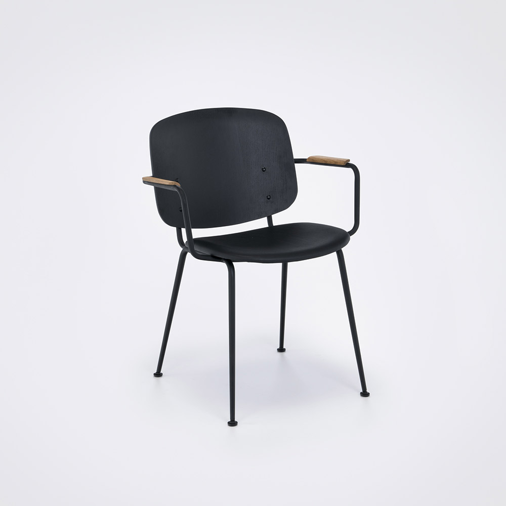 GRAPP Arm Chair