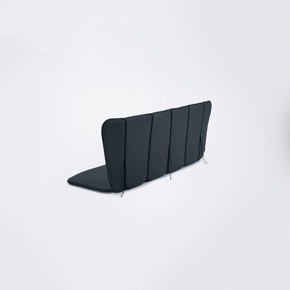 BENCH CUSHION // Carbon grey