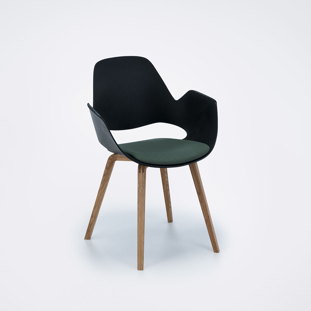 DINING ARMCHAIR // PADDED SEAT // Dark green // Oiled Oak legs