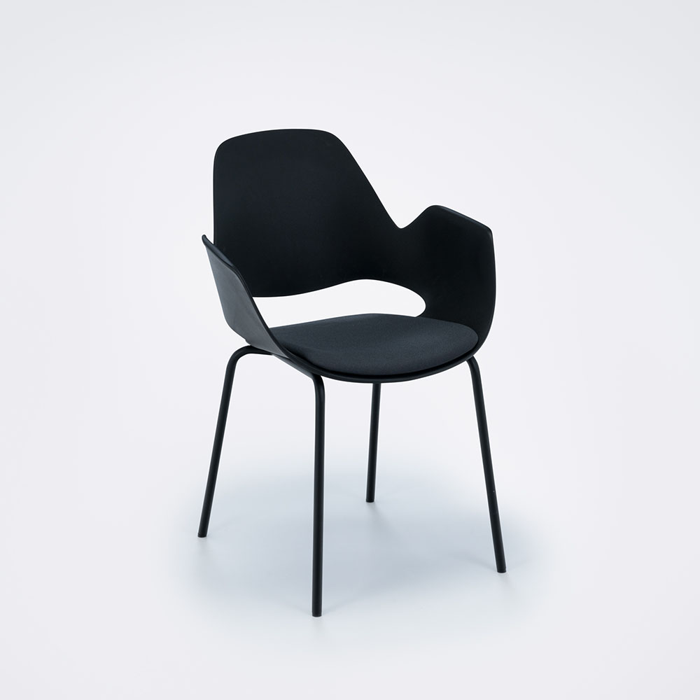 FALK with armrest and padded seat 4LEG