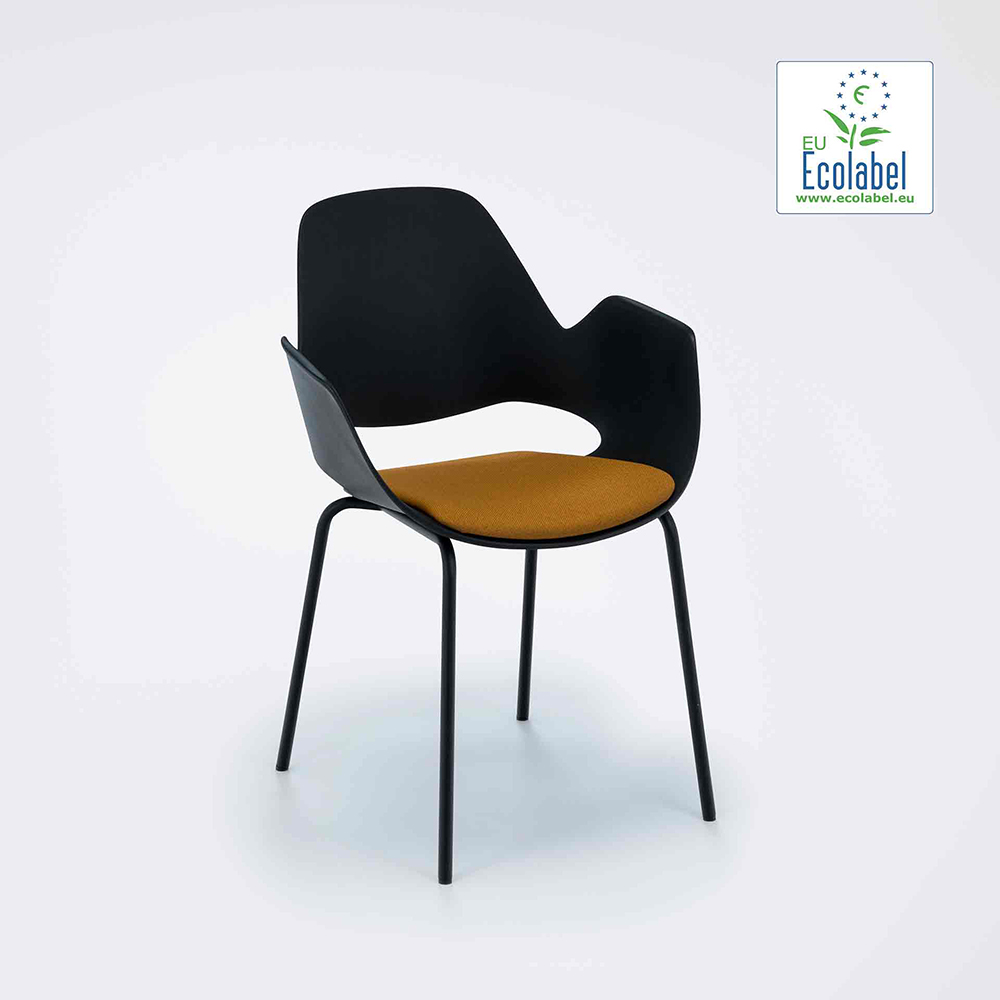 DINING ARMCHAIR WITH PADDED SEAT // Black/Dark yellow // Black metal tube legs