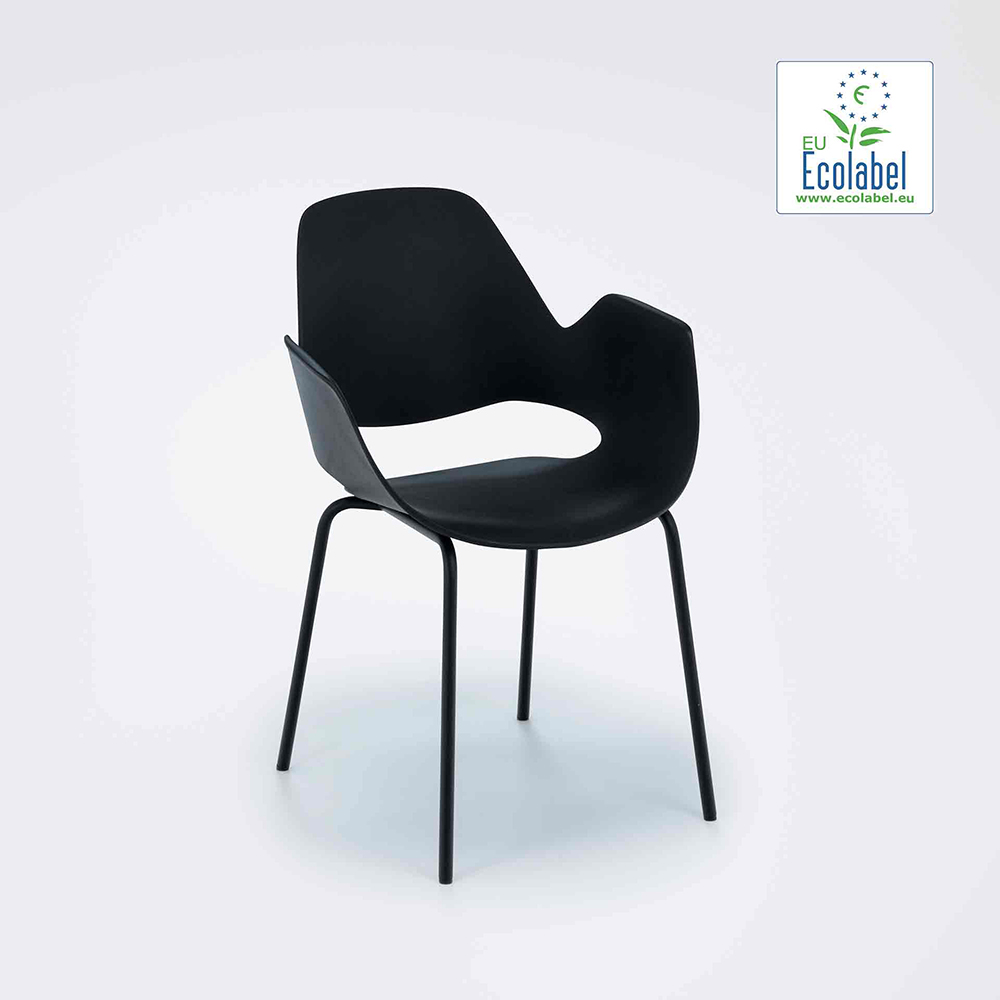 DINING ARMCHAIR // Black seat // Black metal tube legs