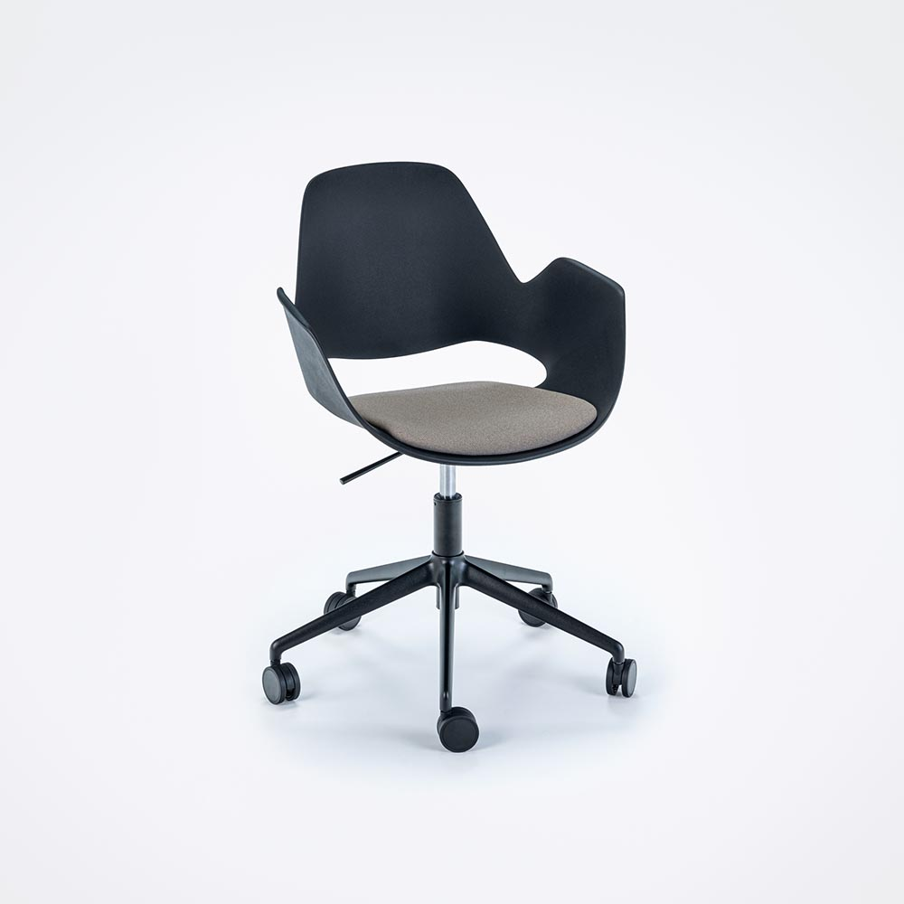 FALK with armrest and padded seat 5 STAR
