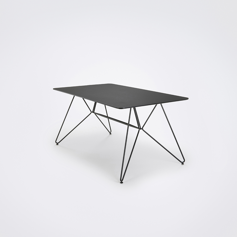 Sketch Dining Table