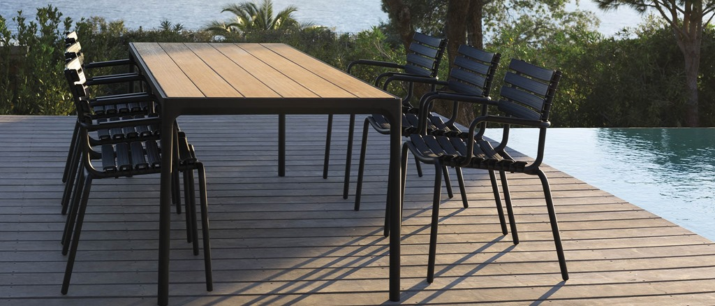 Outdoor tables | HOUE