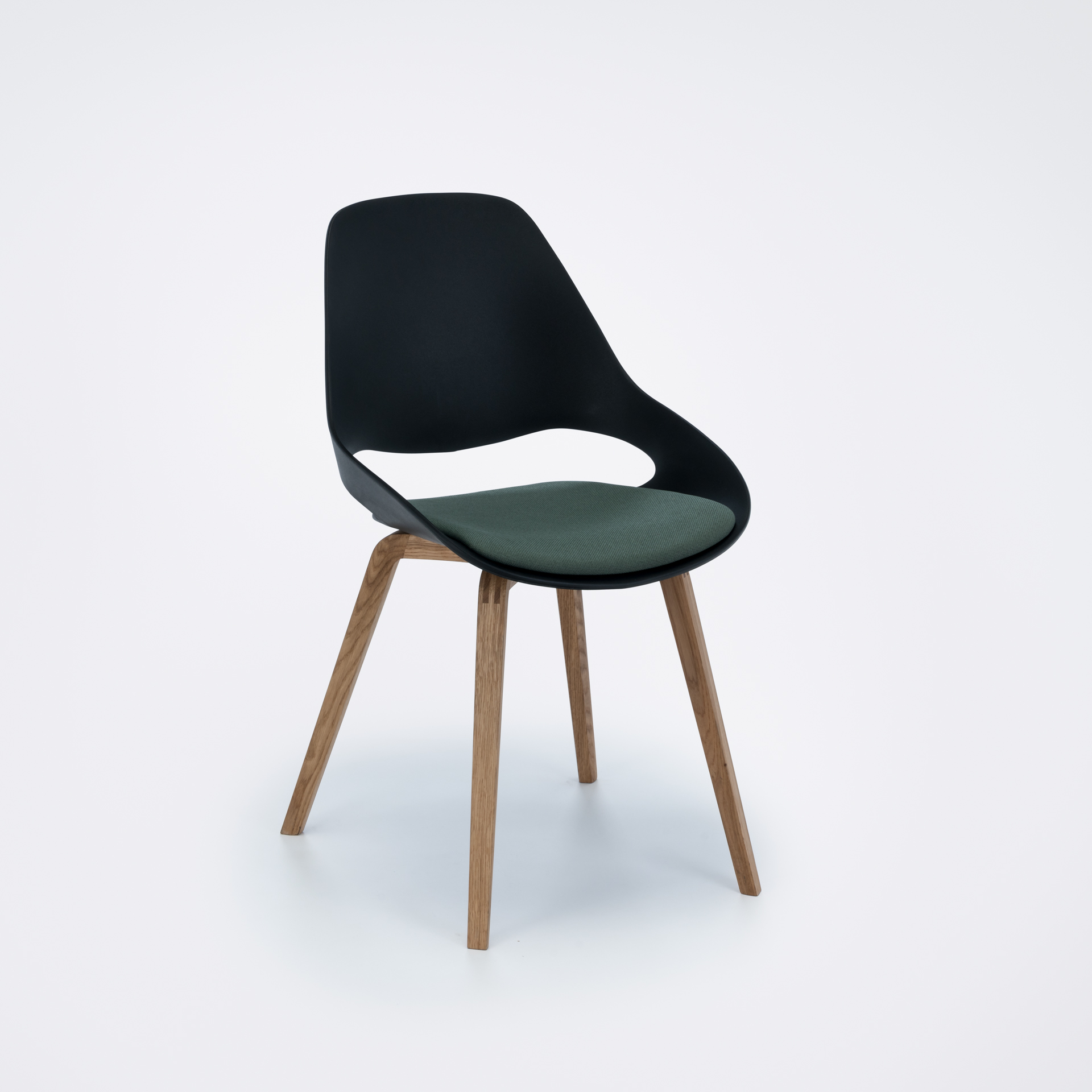 DINING CHAIR // PADDED SEAT // Black/dark olive // Oiled Oak legs
