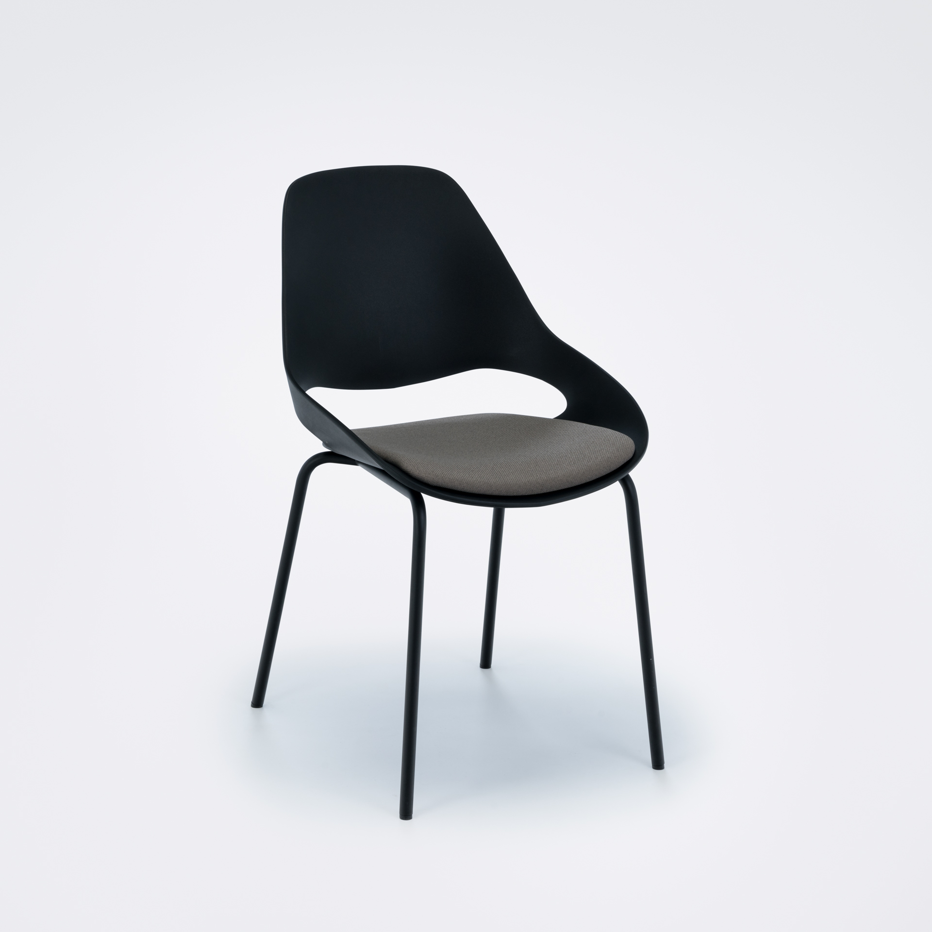 DINING CHAIR WITH PADDED SEAT // Black/ clay // Black metal legs